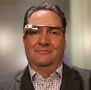 Wilbert Philippo (47) is opgegroeid in Hillegom. Samen met Remco Roos is hij eigenaar van InfoTrade Zoekmachinemarketing. Ze beheren Google AdWords ... - Glass_Square
